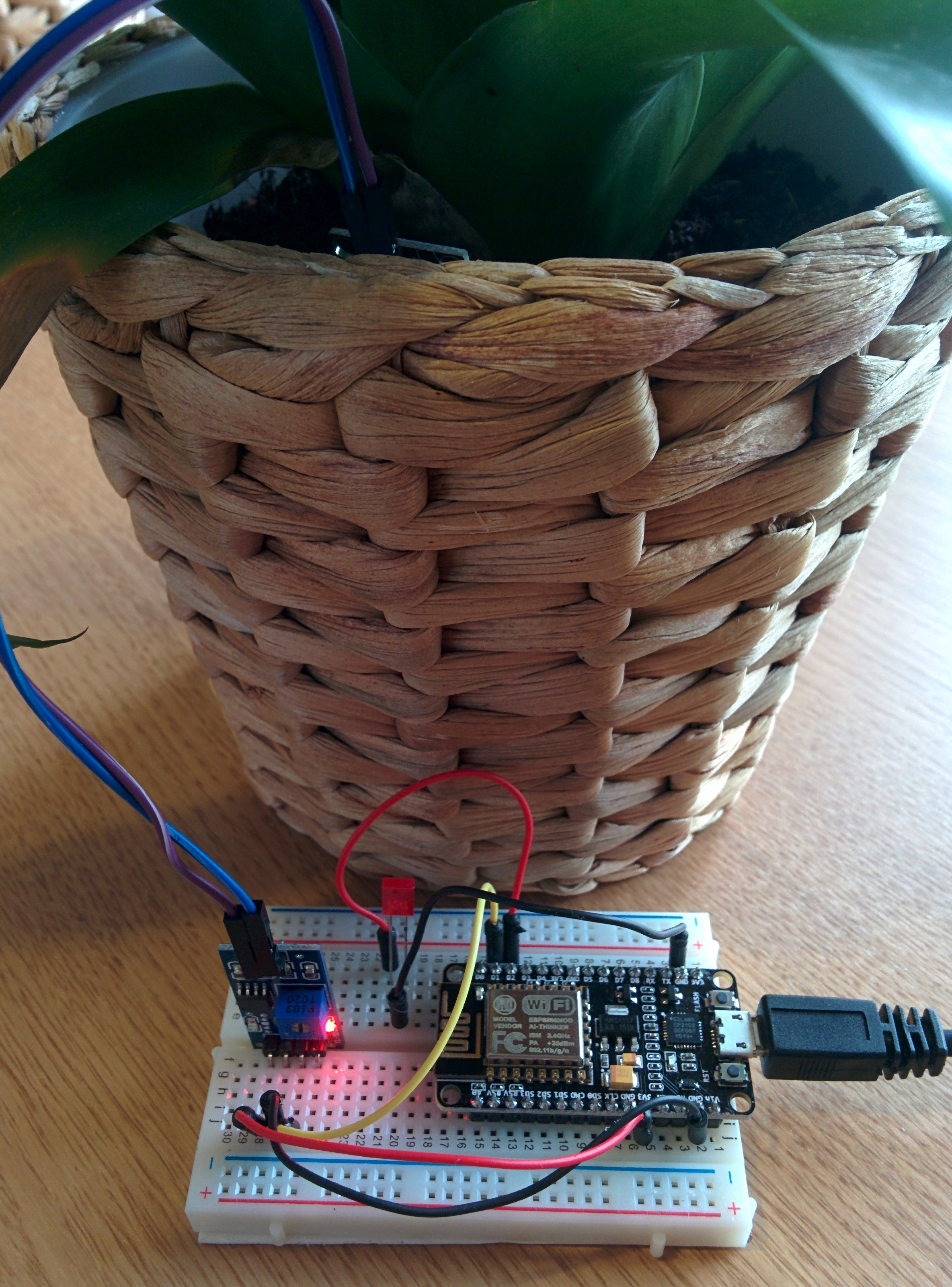 Internet of Things - Moisture Sensor with ESP8266 - Project Share